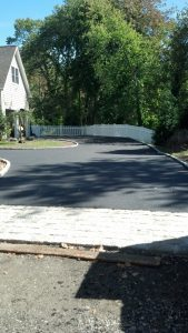 New Canaan driveway paving