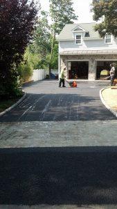 Norwalk driveway crack repair