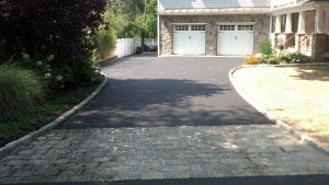 Norwalk driveway asphalt cracks